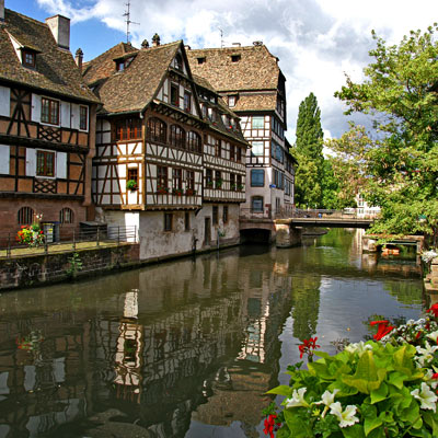 image of the Grande Île, a medieval part of Strasbourg in France